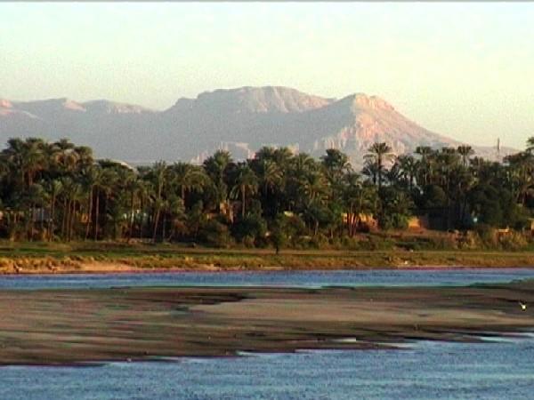Limo For Sale >> Navigazione sul Nilo